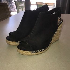 Brash wedge heels
